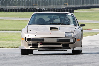 Hitzeman_NASA GL Mid-Ohio_HPDE#19 Porsche 944_Petrick_Jul-Aug 2010-9942