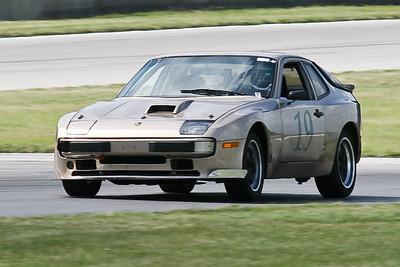 Hitzeman_NASA GL Mid-Ohio_HPDE#19 Porsche 944_Petrick_Jul-Aug 2010-6805